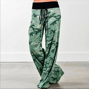 New Camouflage wide leg/flowy /yoga / palazzo pant